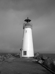 Walton Lighthouse (pr0digie) Tags: blackandwhite bw santacruz lighthouse beach jetty coastline walton breakwater