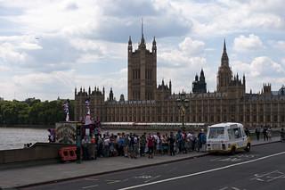 London tourist bus trap by René Schmalschläger
