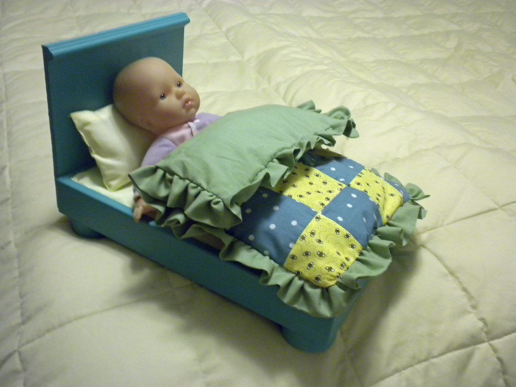 baby bed from Ikea block wagon