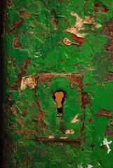 Puerta verde (Monica Fiuza) Tags: door verde green puerta cerradura