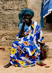 portrait sngalaise (ichauvel) Tags: africa portrait woman village femme bleu senegal afrique assise