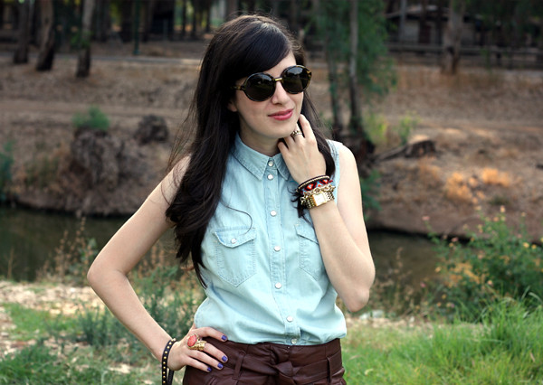 denim_blouse_leather_shorts3