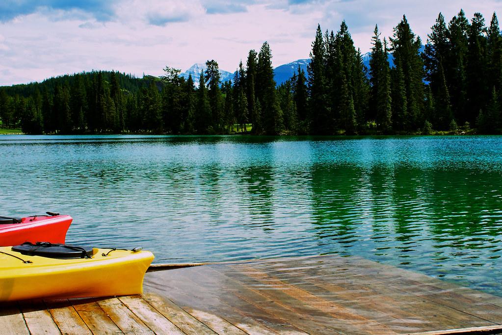Lac Beauvert Kayaks