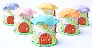 Mini Toadstool House Cakes