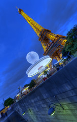 City of light (AO-photos) Tags: longexposure light paris night lumire eiffeltower toureiffel nuit mange hdr sigma1020 poselongue