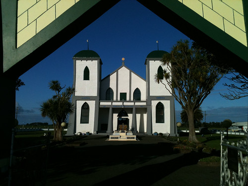 Day 198 - Ratana Church by dragonsinger