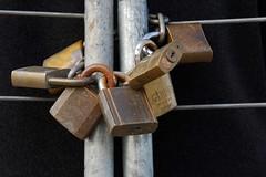 Pick one to Pick (jeffvenn) Tags: clare sa brass padlock locked d60 nichon