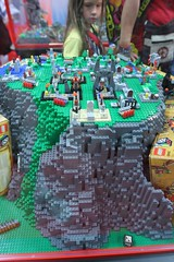 LEGO Heroica Display Case - LEGO Booth at Comic Con - 3