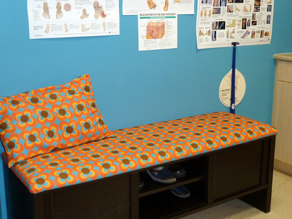 Bench with HeimatKinder fabric