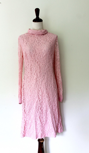 True Pink Billow Sleeve Lace Dress, vintage 1960s