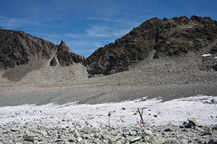 The first icy path of the glacier de Cheilon Photo
