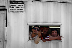 Ventana (AriCaFoix) Tags: chile santiago bw students canon march education protest bn container demonstration protesta bwc 70300mm construccin xsi marcha manifestacin bnc estudiantes educacin enfrentamientos beauchef ef70300mmf456isusm robcarr 450d