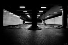 La Dfense (Franck Nieto) Tags: urban paris night canon photo shot image picture 5d nuit ladfense dfense urbain markii