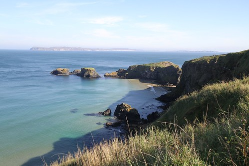 Nordirische Küste in der Nähe der Carrick-a-rede bridge