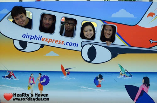 Bloggers aboard AirPhil Express