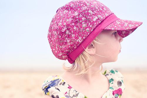 フリー写真素材, 人物, 子供, 少女・女の子, 横顔, 帽子・キャップ, オランダ人,