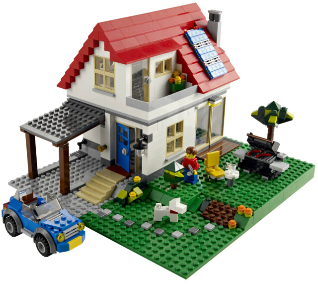 Lego house 5771 - with solar panels