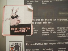Pars - mtro (nkawai) Tags: paris france mtro mais lapin autocollant 2011 pinc