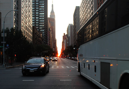 Manhattanhenge & bus