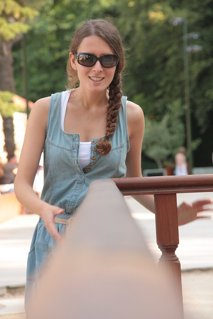 Marta en el Parque de los Sentidos de Marín