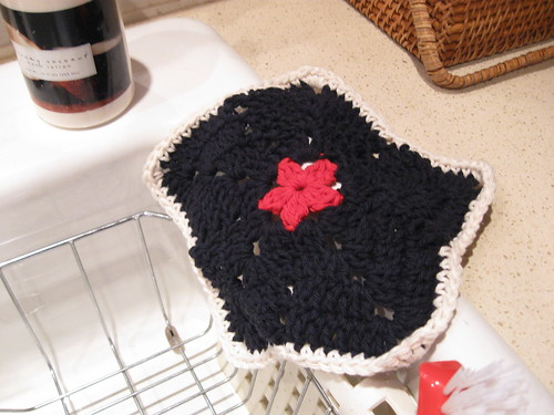 Black, Cream and Red Star Dish Cloth