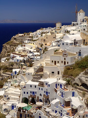 Oia (pantha29) Tags: ocean sea water windmill greek islands hill olympus santorini greece greekislands zuiko oia cyclades whitepaint thera bluepaint e510 whitehouses 1260mm pseduohdr