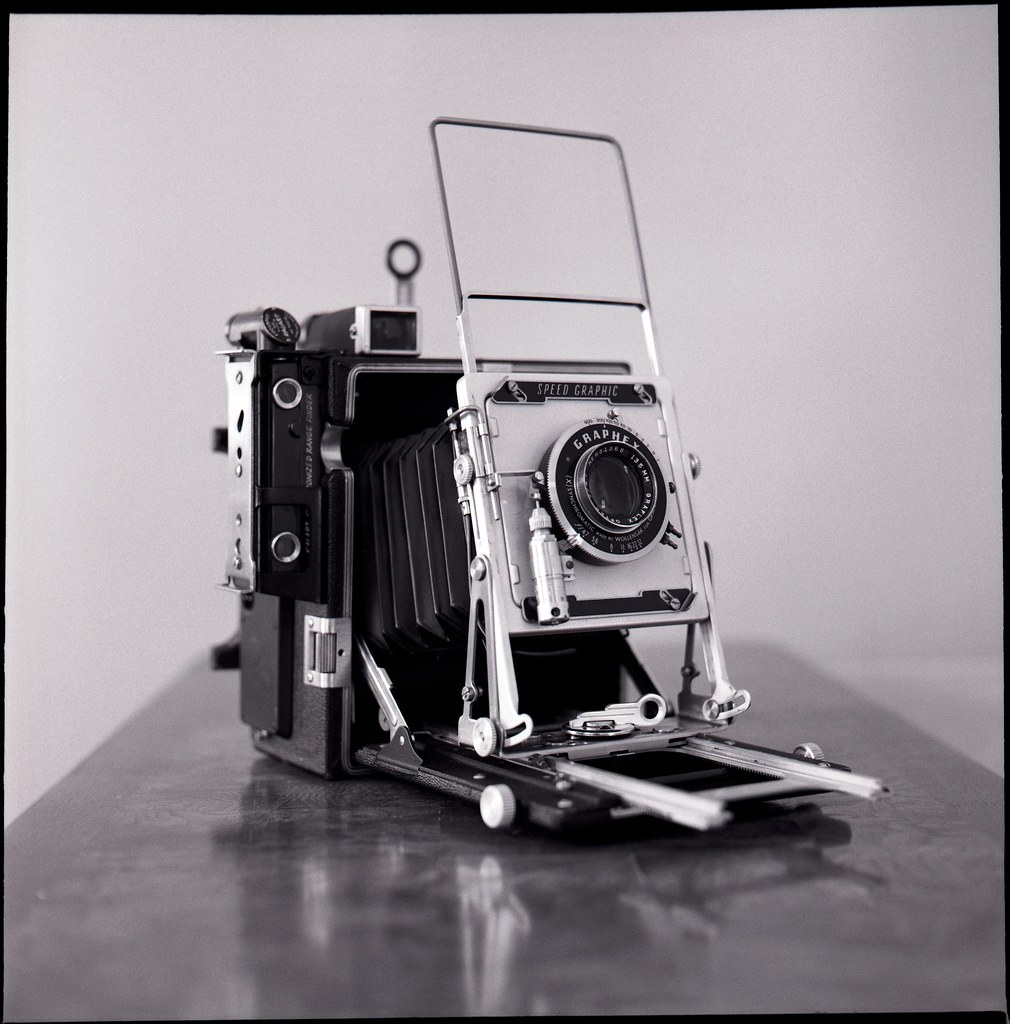 Pacemaker Speed Graphic Press Camera