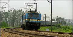"11057 Dadar - Amritsar ""Pathankot"" Express (Ankit Bharaj) Tags: new india green field electric train canon photography is dc indian air tracks engine shell rail locomotive brake motor 100 express railways amritsar ldh ankit sx dadar ludhiana haryana railfanning cantt pathankot mohri ambala irfca clw bharaj wag7"