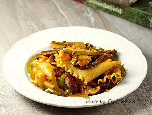 蘑菇甜椒花邊千層麵-110718