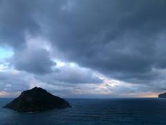 Isola di Bergeggi (BORGHY52) Tags: italy nature tramonto nuvole estate liguria isola luglio bergeggi spotorno marligure torredelmare