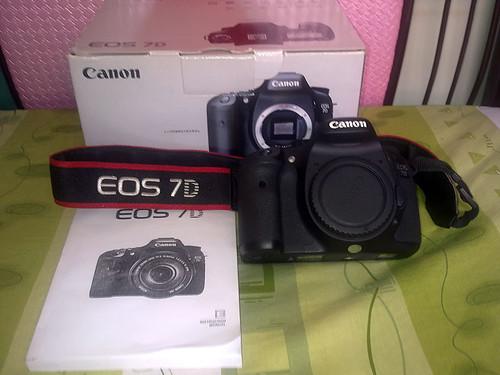 Cần bán Canon 7D 5k shot + 24-70 code UZ + Tokina  12-24 Pro II