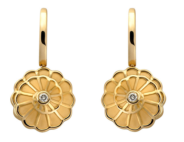 Afrodita Earrings in yellow gold and diamonds.jpg