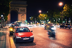 Arc de Triomphe II (Philipp Klinger Photography) Tags: street longexposure blue trees light shadow red woman paris france reflection bus tree cars car bike yellow female night de soldier gold golden evening frankreich long exposure arch dof slow place nocturnal bokeh tomb champs arc triomphe trails illumination charles headlights du des souvenir trail hour slowshutter shutter unknown bluehour avenue flamme elysees arcdetriomphe iledefrance charlesdegaulle peugeot taillights tomboftheunknownsoldier triumphbogen gaule champslyses avenuedeschampslyses etoila flammedusouvenir sigma50mmf14