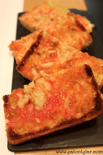 Tomato bread, Restaurant Etapes