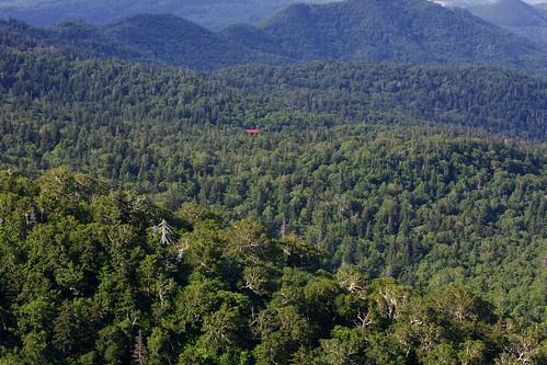 山頂から見下ろした万計山荘