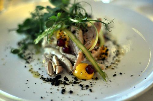 Røget makrel med kartoffelkompot, asparges og rapsmayonnaise