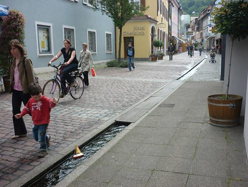 freiburg-altstadt_4-canal