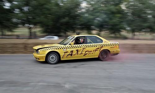 Xavi Perez // Taxi drift