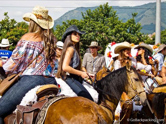 Pretty paisas on horseback