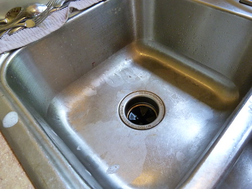 Sink before cleaning