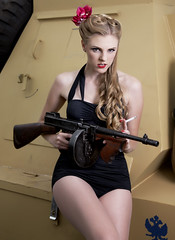 Annie get your gun. (Nick Halling) Tags: canon tank canon5d pinup tanks quadra ww11