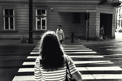 stripes & stripes (donchris!) Tags: street woman photography la donna mujer crossing strasse femme poland polska krakow pedestrian polen frau crosswalk krakw zebrastreifen polonia krakau pologne kobieta ulica blackwhitephotos