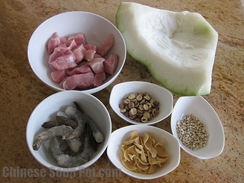 [photo-ingredients for winter melon lotus seed barley shrimp soup]