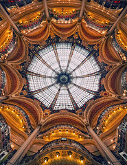 Galeries Lafayette (Philipp Klinger Photography) Tags: blue light shadow red sky orange white paris france art clock yellow shop architecture mall shopping lights store nikon frankreich pattern galeries lafayette angle time pov balcony wide perspective wideangle symmetry artnouveau ornament ornaments departmentstore dome railing nouveau galerieslafayette philipp iledefrance sigma1224mm department jugendstil ballustrade klinger cuppola liht d700