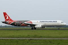 TC-JRO (vriesbde) Tags: amsterdam airbus schiphol ams eham a321 euroleague uludag turkishairlines logojet amsterdamschiphol airbusa321 a321231 airbusa321231 tcjro