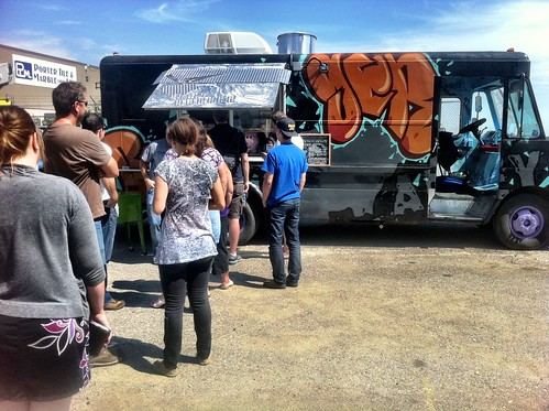 How To Find The Locations Of Calgary Food Trucks