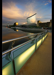Glint Eastwards............. (Chrisconphoto) Tags: canon manchester sigma salfordquays imperialwarmuseum iwm goodlight