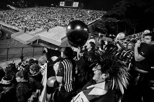 Copa Libertadores de America 2011   Santos  - Peñarol   110615-6900-jikatu 110622-7496-jikatu-Edit