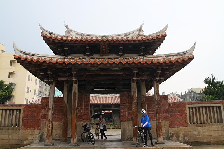 一級古蹟鹿港龍山寺045