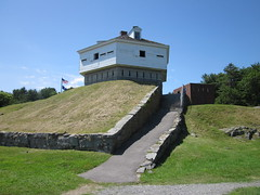 Fort McClary State Historic Site - Kittery Point, Maine (Dougtone) Tags: ocean lighthouse boat view fort maine scenic newengland tunnel granite arsenal atlanticocean fortwilliam kittery kitterypoint earthworks fortmcclary caponier piscataquariver 070511 fortmcclarystatehistoricsite